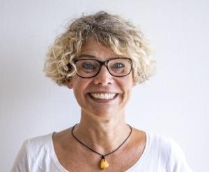 Anne Zell